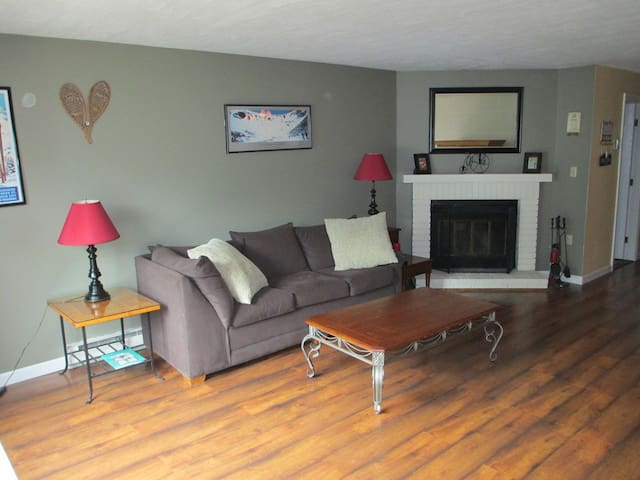 2BR Townhouse 5 minutes from Loon - Woodstock - Talo