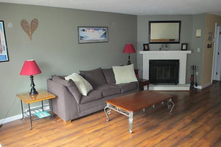 2BR Townhouse 5 minutes from Loon - Woodstock - Haus