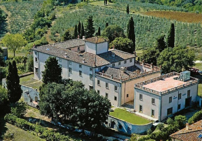 Residenza storica in collina ville in affitto a san for Ville in collina