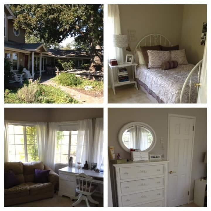 Beautiful private room in Danville