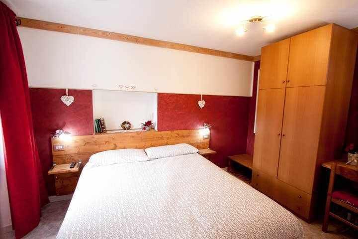 "Residence Arvinei. appartamento  "" bugela"""