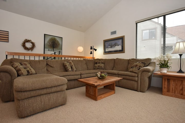 7 Springs, 4 pm checkout, Ski in&out 1Bdrm+sofabed