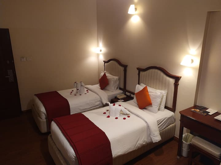 Twin Bed Private Stay Near Madurai Temples