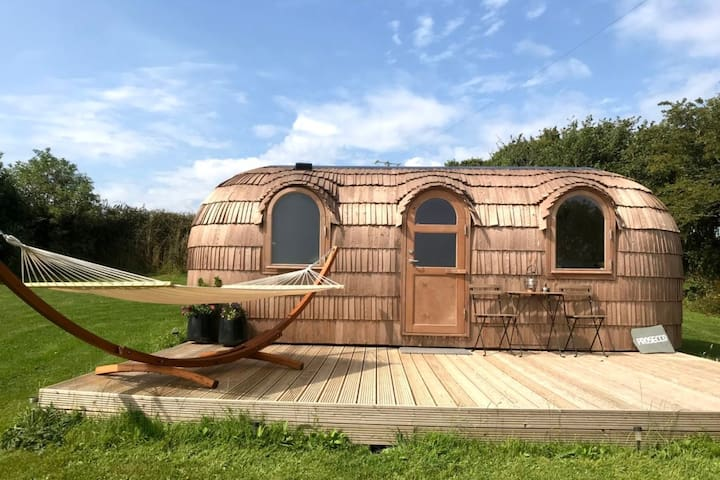 Prosecco - Lydcott Glamping Cornwall, sea views