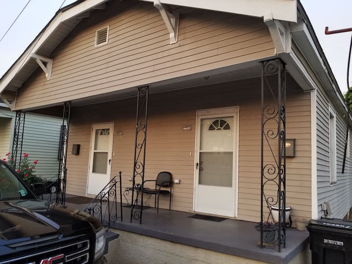 Lovely Midtown Home Close To ALL Downtown Action