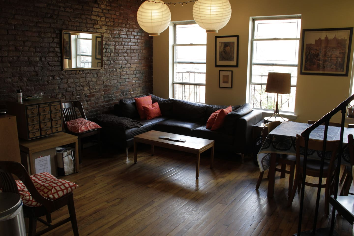 Living/dining room, cable TV, wireless internet, exposed brick