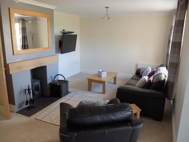 Modern Serviced House in village location - Cumbria