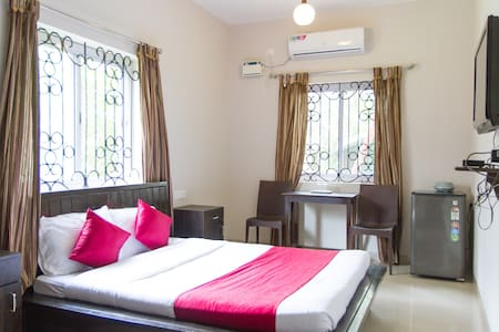 Cosy Room 100 mts from the Candolim Beach - Candolim