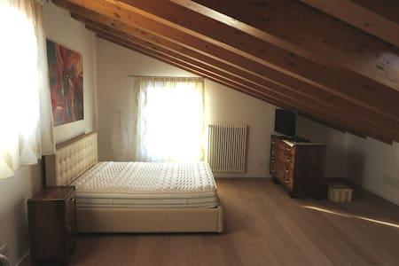 Appartamento mansardato Treviso - Casale Sul Sile
