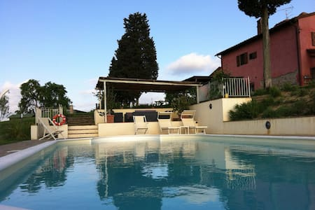Home near Florence, Pisa and Siena - Montespertoli, Firenze, - Lejlighed