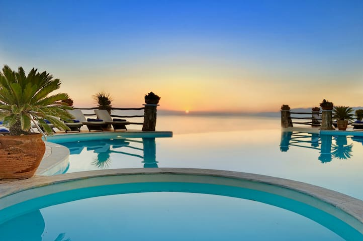 Boutique hotel with Amazing Panoramic Sea View