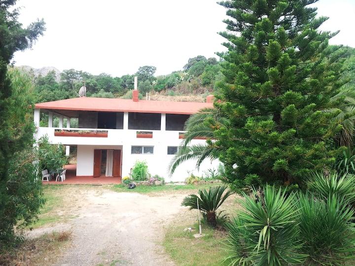 Casa indipendente e giardinoprivato