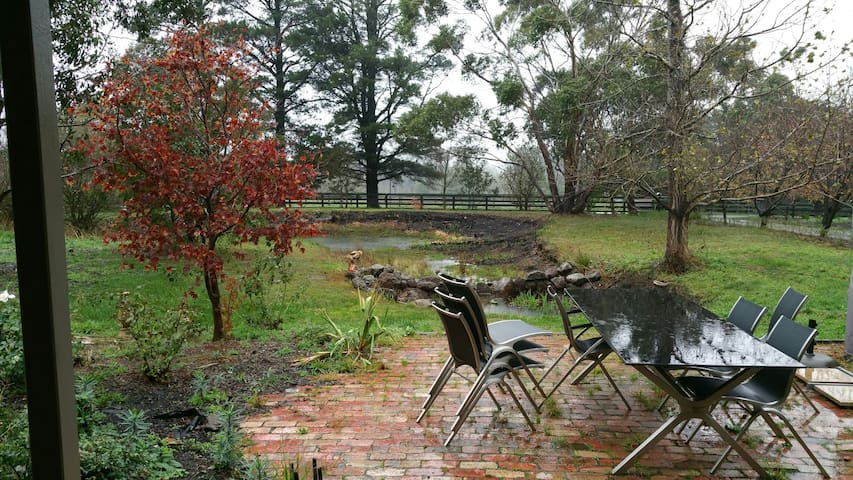 Beautiful rural setting - Mount Macedon - Ev
