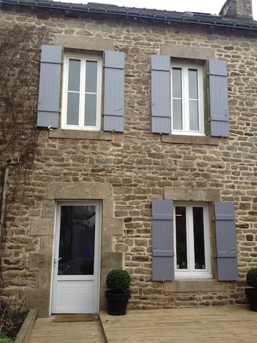 Maison centre bourg Arradon - Arradon - House