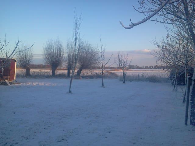 Luxe boerderijkamer + badk. ensuite - Zwolle - Casa
