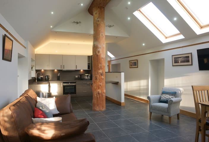 The Bothy, Kingsdale Apartments