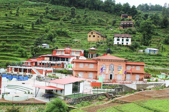 Adhyay Retreat Resort - TISTUNG, close to nature.
