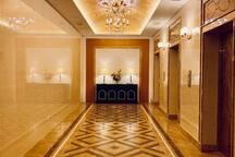 Lobby Elevator
