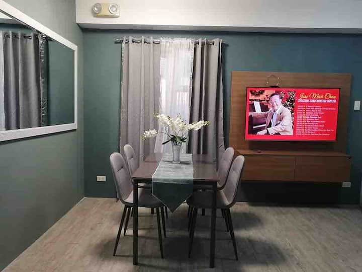 Spacious Condo nxt to  Ayala Mall capital