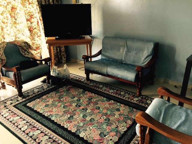 Endauland Homestay - Endau - Rumah