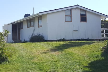 Riversdale Beach Simple and Fun - House