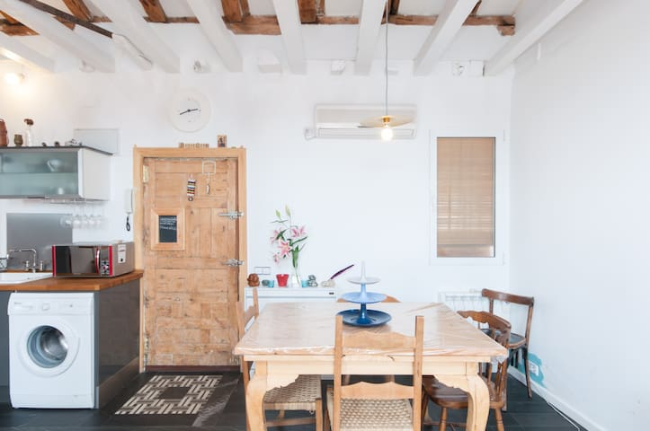 Hermoso apartamento diáfano WiFi-AC