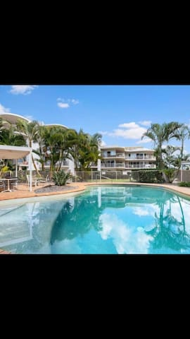Absolute beachfront 2brm unit - Walk out the door on to the beach!!