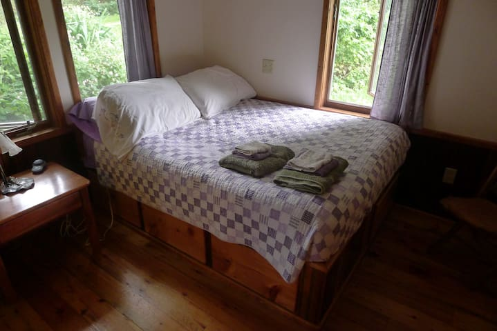 Delightful Suite on an Organic Farm - Avoca - Penzion (B&B)