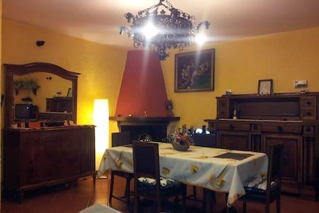 intero appartamento disponibile !! - Pavona - Apartment