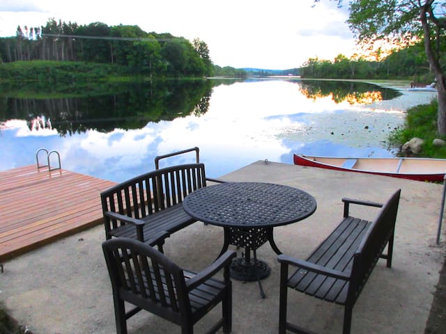 Lakefront Cabin on 10 private acres - Newton - Kisház