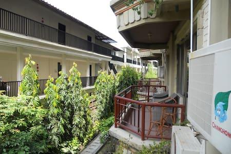 kamar hotel **** di legian Bali - Jakarta Selatan - Lain-lain