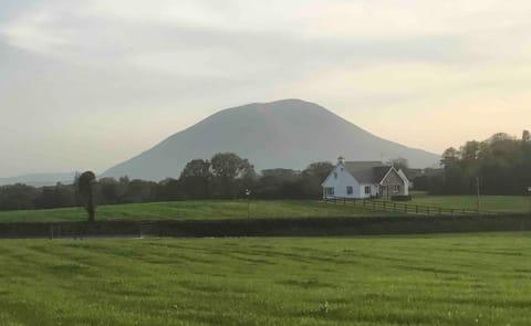 Cosy house, close to Lough Conn, Crossmolina.