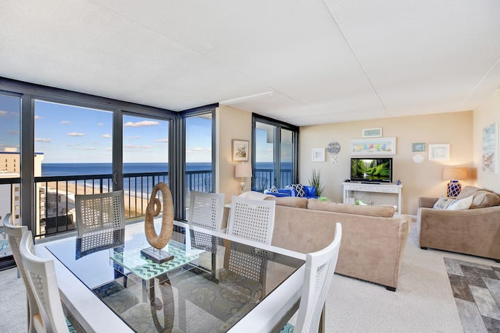 Sea Watch 1909 is a stunning 4 Bedroom/2.5 Bath Oceanfront Penthouse in Ocean City, Maryland.
