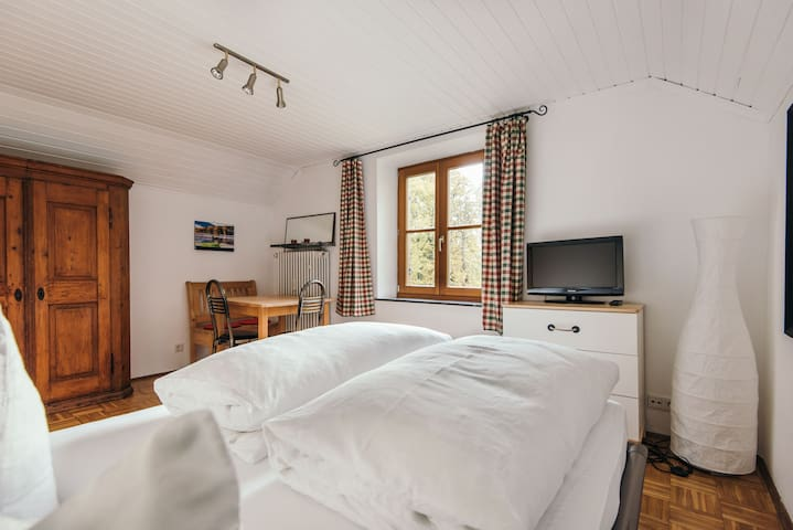 Top floor loft near Seidlpark - Murnau am Staffelsee - Byt