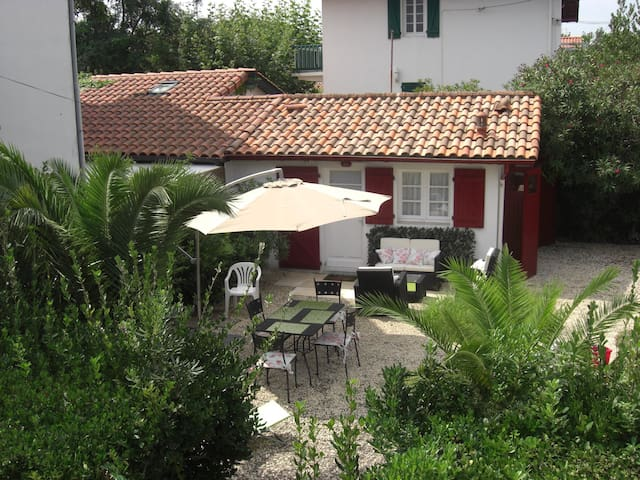 Lovely litle house with garden - Hendaye - Loft