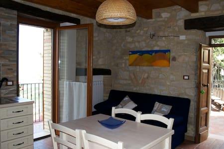 Appartamenti accoglienti Abruzzo - Altino - House