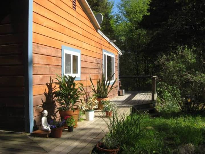 Romantic  Retreat Cottage