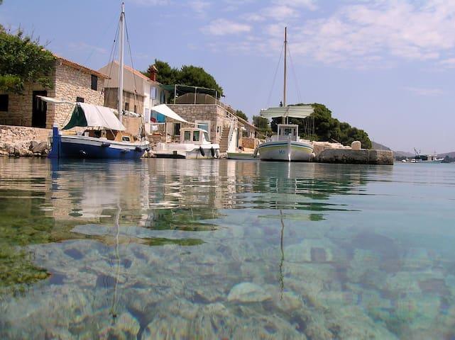 Kornati Kravljačica - House Antonia - Kornati - House