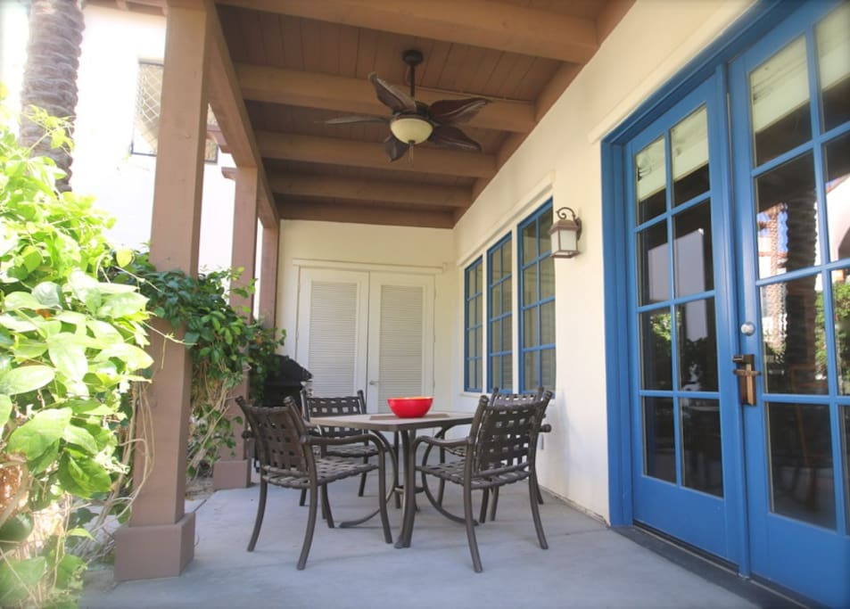 Private patio for alfresco dining and fresh Desert air!