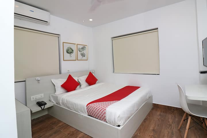 OYO 1 BR Blissful Stay In Santoshpur Kolkata