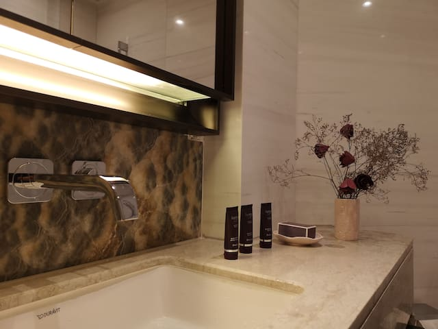 Luxury Apartment in Central Perfect For Family