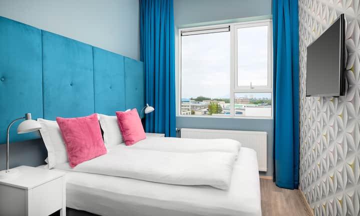 Economy Double Room - ODDSSON Hotel