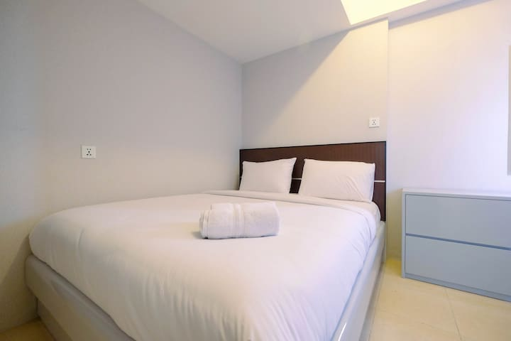 Fully Furnished 2BR at Teluk Intan Apartment
