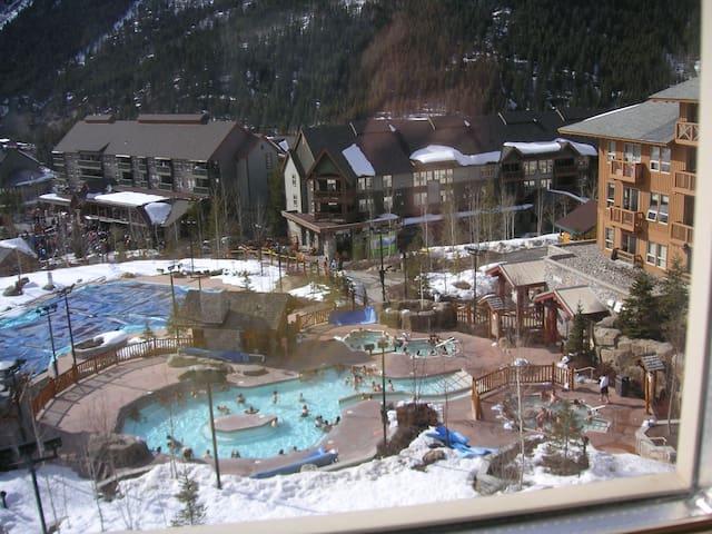 Horsethief Lodge   Panorama, BC No additional tax