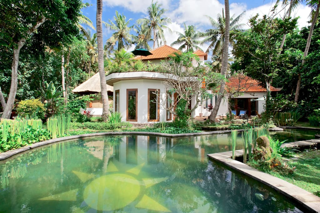Villa Surya, sleeps 5 in luxury 2 double and 1 single A/C bedrooms