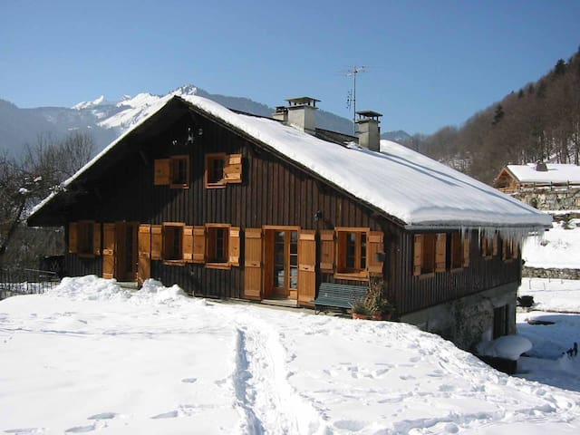 Ski/Morzine/Altes Bauernhaus