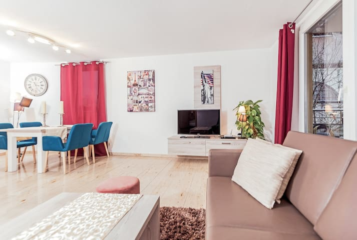 Stylish appartement with huge patio on 2nd floor