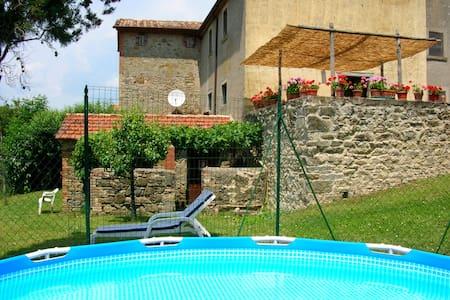 Casa Tersalle Farmhouse (2-4 pers) - Lippiano - บ้าน