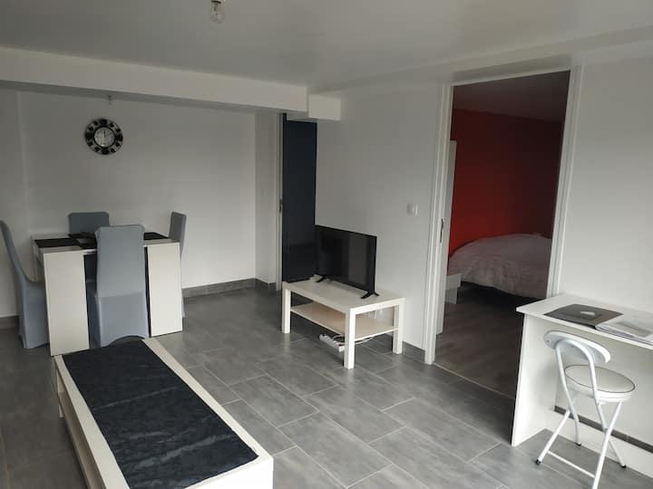 Blois, Rez-de-chaussée de maison pour 8 personnes