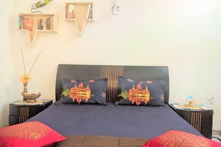 Comfortable stay near DLF Cyber City, Gurgaon - Ház